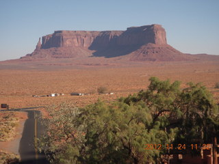 21 83q. Monument Valley - Goulding's - view