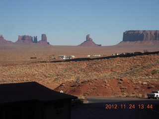 35 83q. Monument Valley - Goulding's view