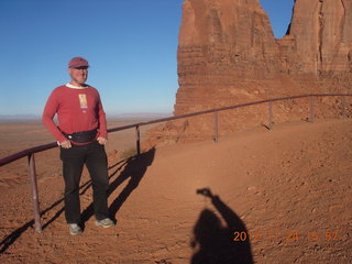 145 83q. Monument Valley tour - Adam with photographer's shadow