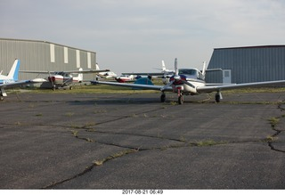 21 9sm. Riverton Airport - airplanes