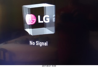 132 9sm. LG - No Signal on our television